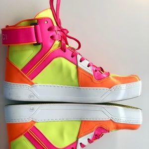 Gucci Shoes - 🌸 Gucci Neon Pink Yellow Orange - Authentic - NIB